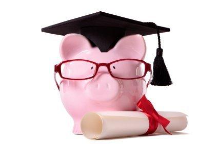 Crédito educativo para ter futuro ou para virar escravo de um banco?