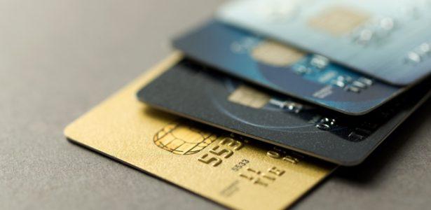 O que bancos e empresas de cartões de crédito não te contam sobre juros